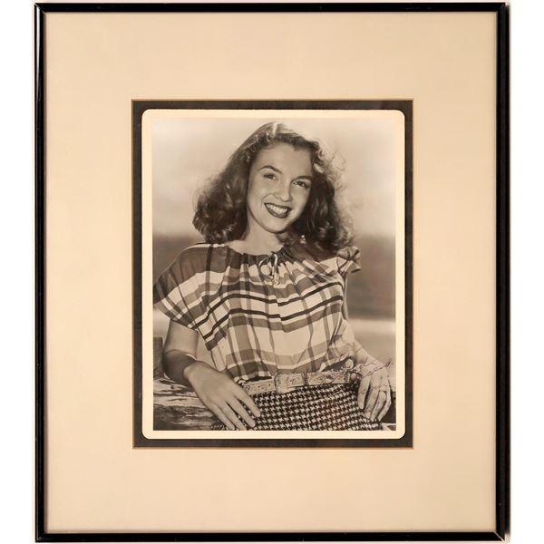 Photographer Signed Marilyn Monroe Photo  [141062]