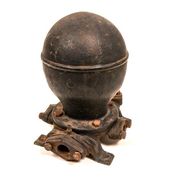 Antique Hydraulic Water Ram Pump  [139998]
