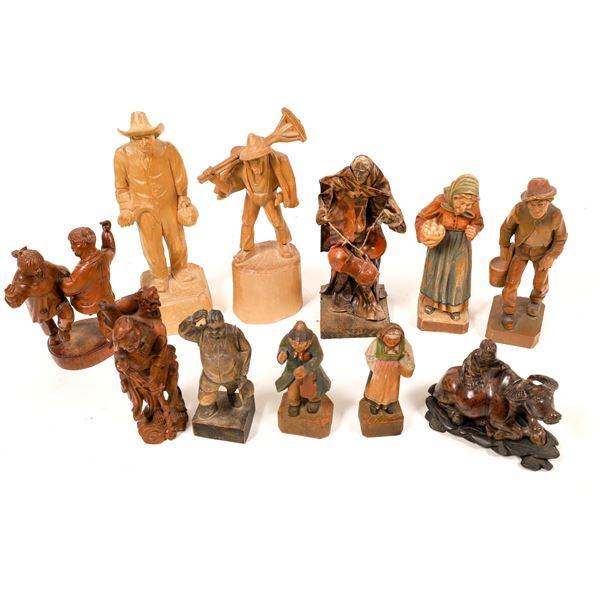 Carved Wood Figures (10)  [139356]