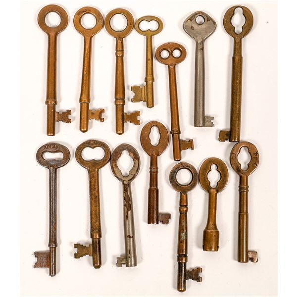 Railroad Caboose/Cabin/Gas Lamp Keys (14), miscellaneous, unmarked  [138621]