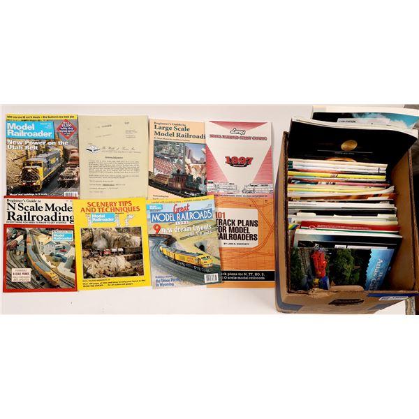 Model Railroad Catalogs and Magazines  [138660]
