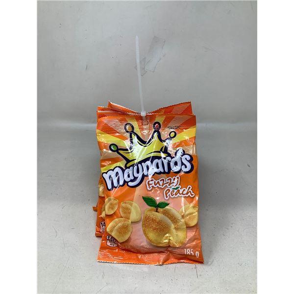 Maynards Fuzzy Peaches (6 X 185G)