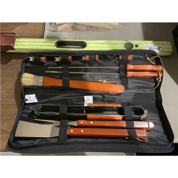 Wooden Handle Grill Tool Set
