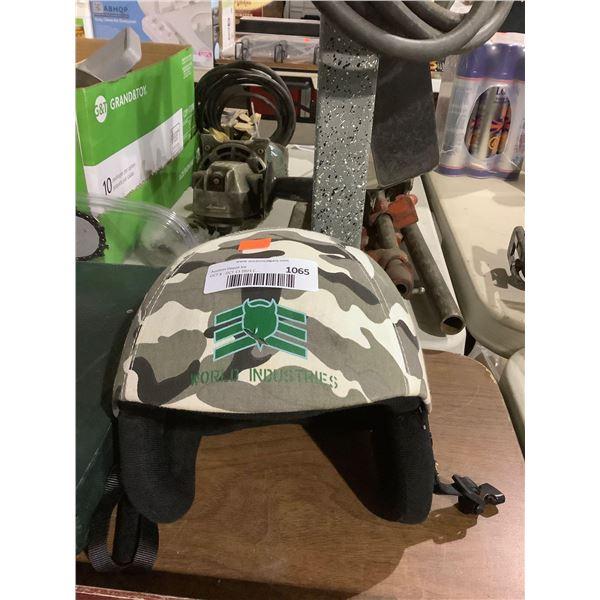World Industries Skii/Snowboard Helmet - Size:54-60cm - Model: SK-501SNOW