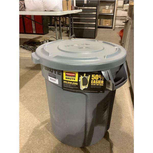 Rubbermaid Brute 20 Gallon Garbage Bin