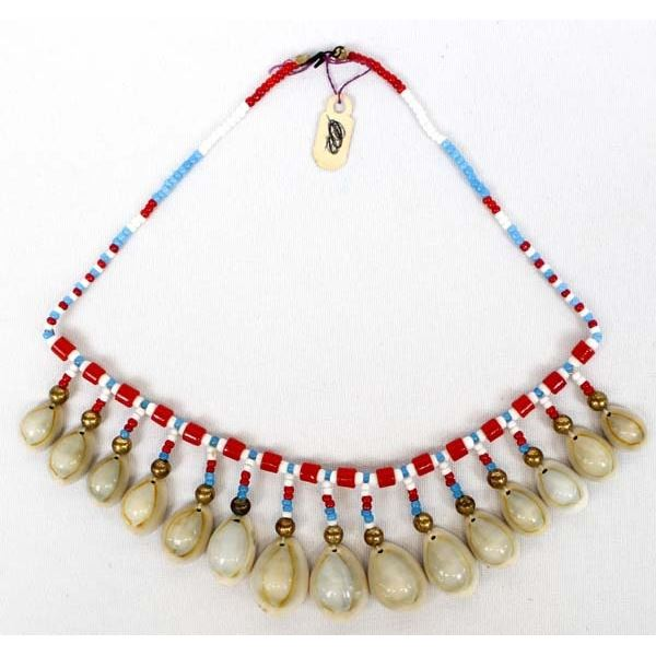 Vintage Native American Cree Shell Choker