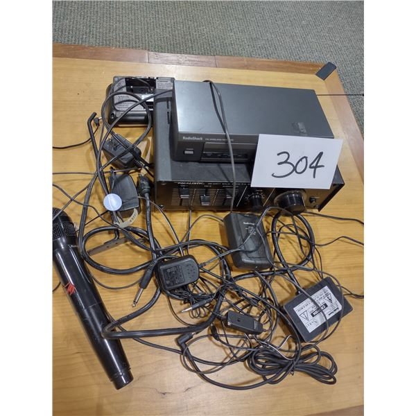 PA SYSTEM W/ AMPLIFIER, RECEIVER, MIC