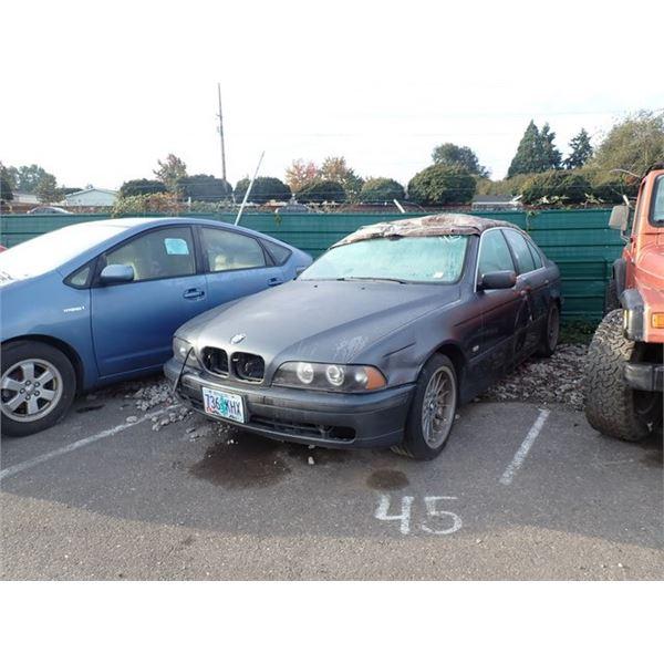 2000 BMW 528i