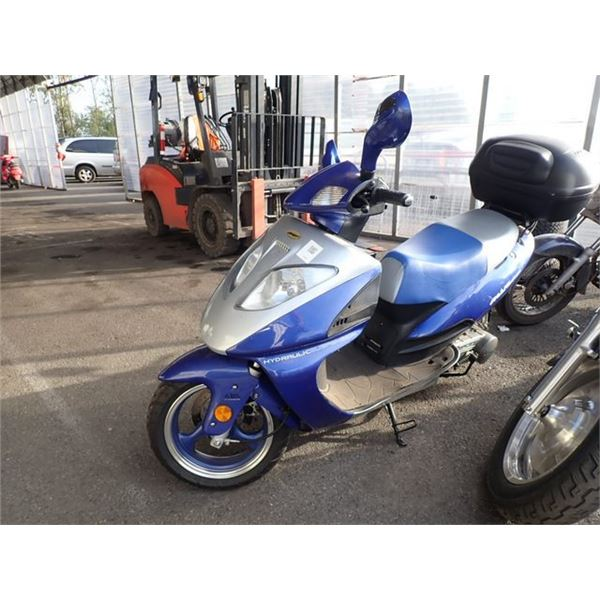 2006 SCOOTER