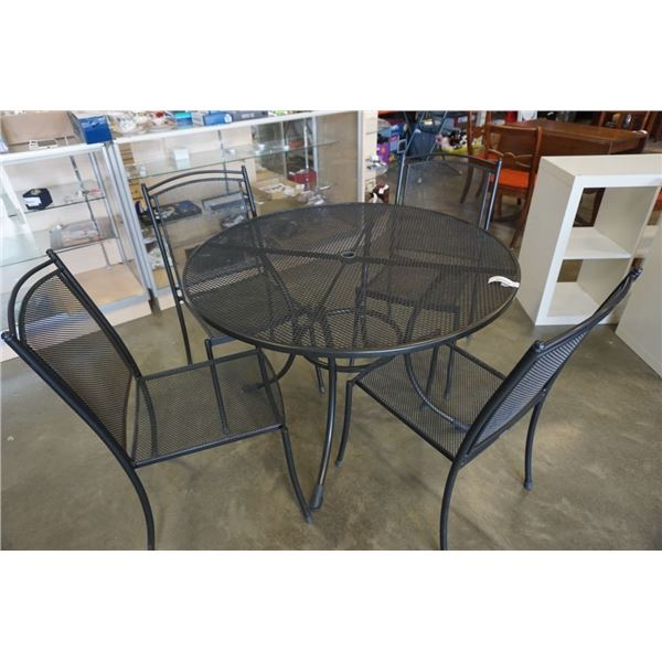 KETTLER ROUND MESH PATIO TABLE AND 4 CHAIRS