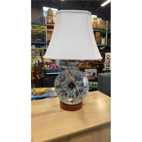 MID CENTURY CERAMIC HAND PAINTED TABLE LAMP