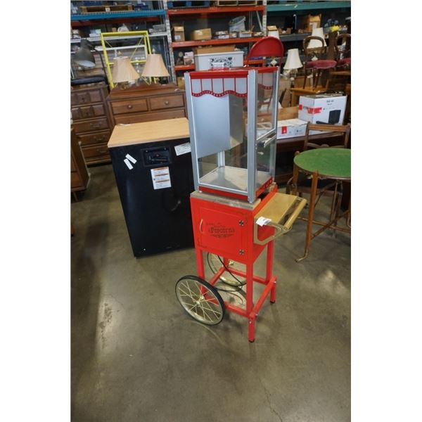 DOLCE POPCORN MACHINE ON ROLLING CART