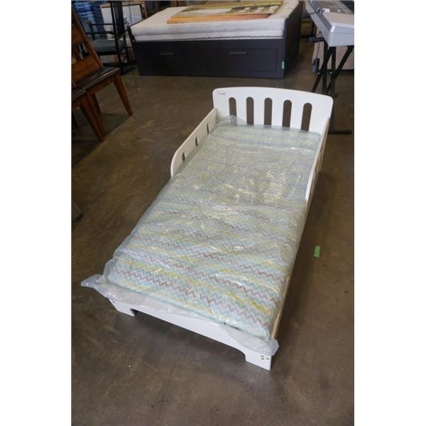 WHITE ELFE KIDS BED WITH MATTRESS