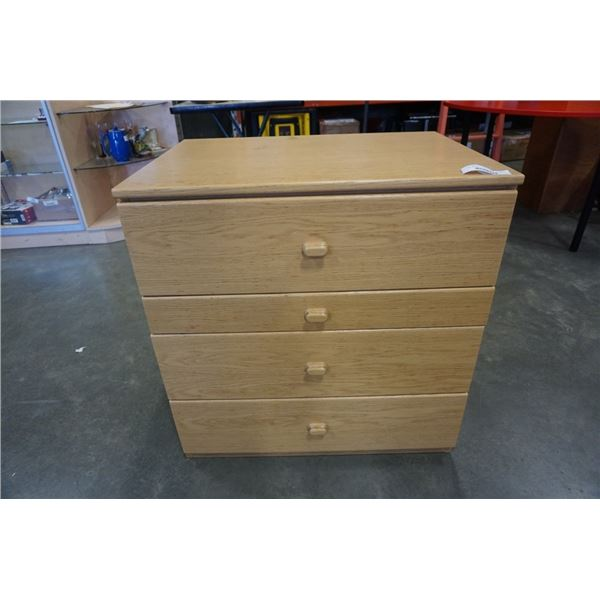3 DRAWER OAK DRESSER WITH PULLOUT TRAY