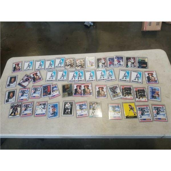 50 WAYNE GRETZKY CARDS HARD CASED