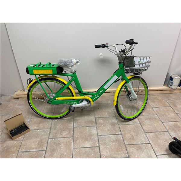 New electric cruiser bike with basket and charger, 30km capability, 36v retail $2199