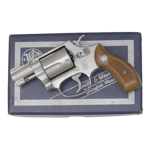 SMITH & WESSON MODEL 60 REVOLVER WITH