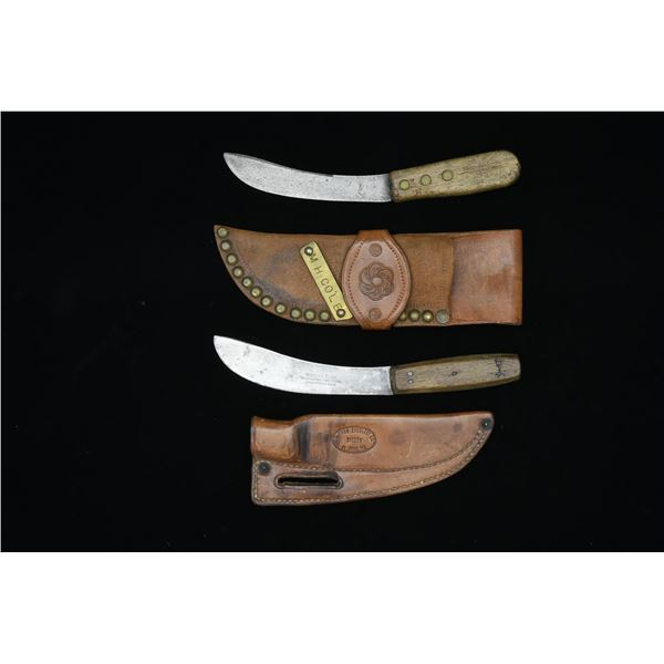 PAIR OF SKINNING KNIVES WITH SHEATHS.