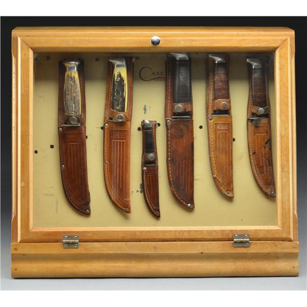 CASE STORE DISPLAY WITH 6 CASE KNIVES.