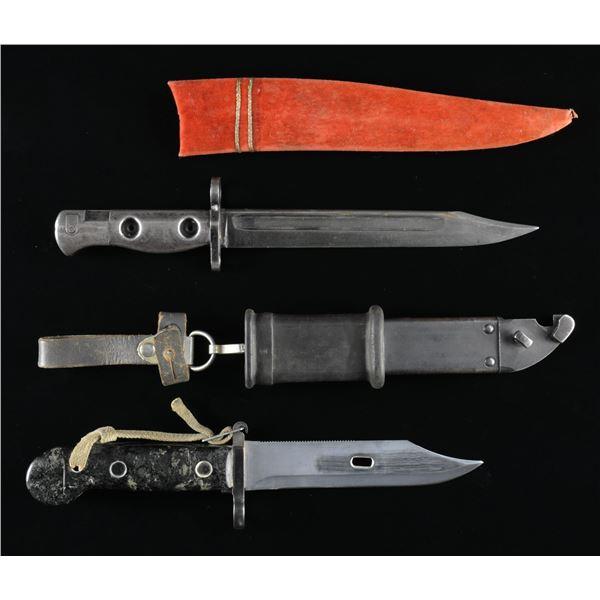 1 SWORD, 2 BAYONETS & 1 HELMET.