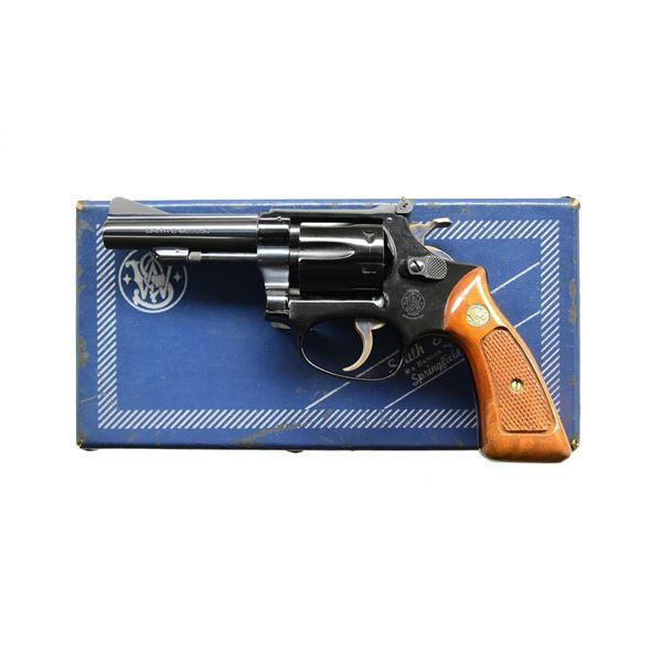 S&W BLUED MODEL 43 AIRWEIGHT KIT GUN REVOLVER.