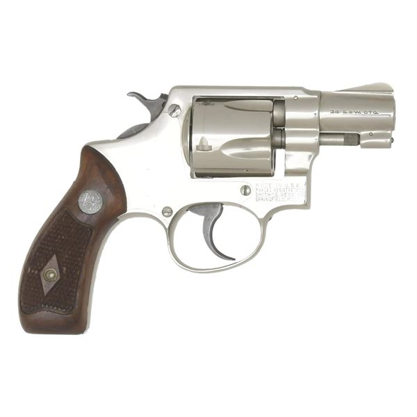 SMITH & WESSON NICKELED .38/32 TERRIER REVOLVER.