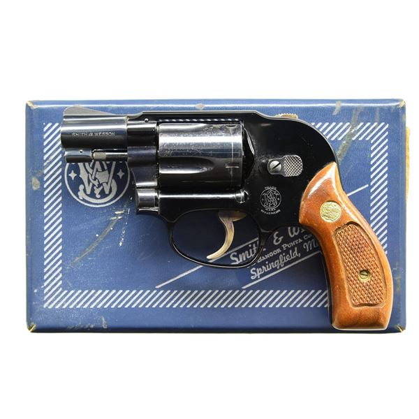SMITH & WESSON BLUED MODEL 38 AIRWEIGHT REVOLVER.