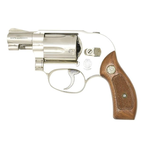 SMITH & WESSON NICKEL PLATED MODEL 49 BODYGUARD