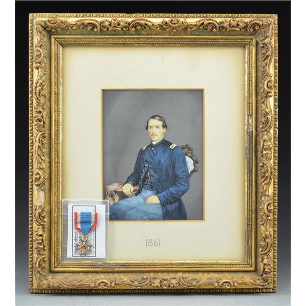 CIVIL WAR MOLLUS MEDAL & OFFICER'S PORTRAIT.