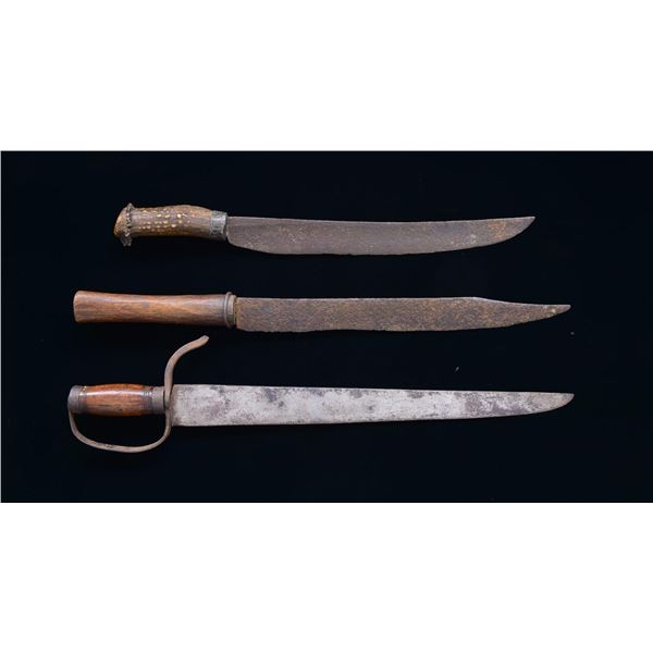 3 LARGE 19TH CENTURY FIGHTING KNIVES.