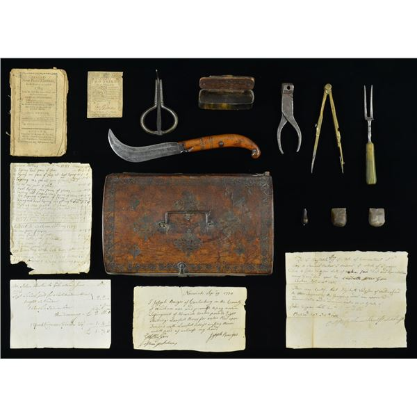 SMALL 18TH CENTURY DOCUMENT BOX WITH VARIOUS