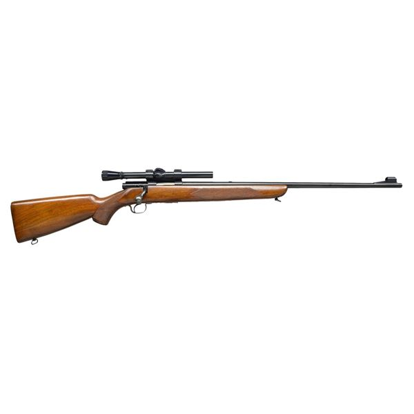 WINCHESTER MODEL 43 DELUXE BOLT ACTION RIFLE.