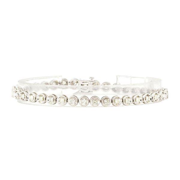 1.59 ctw Round Brilliant Cut Diamond Tennis Bracelet - 14KT White Gold