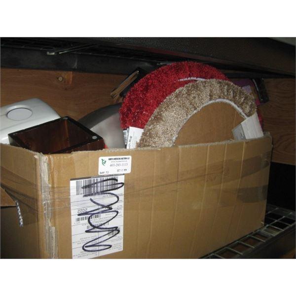 BOX OF BATHROOM ACCESSORY AND DECOR ITEMS