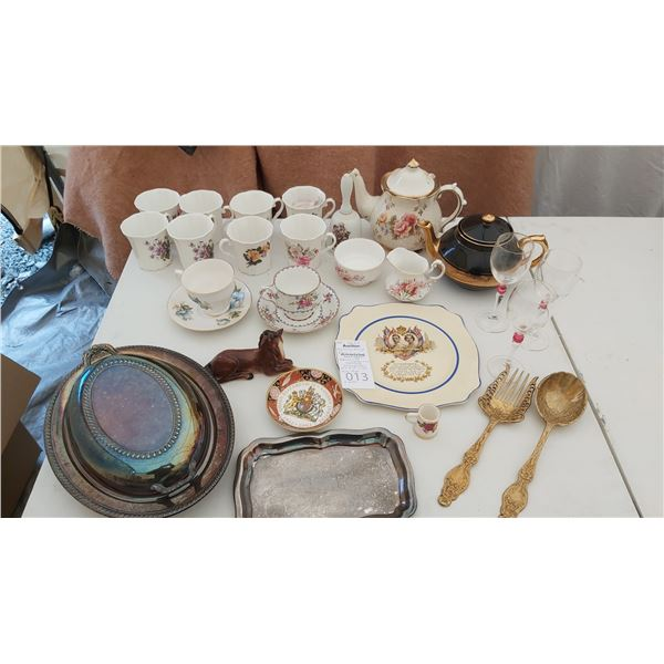 China, Collector Plates and Silver Plate Cat B