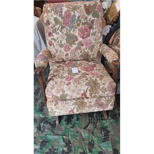 Antique Rocking Chair Cat C