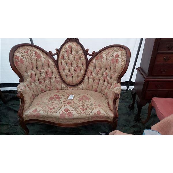 Antique Love Seat Cat C
