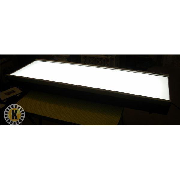 ACCULIGHT LIGHT BOX