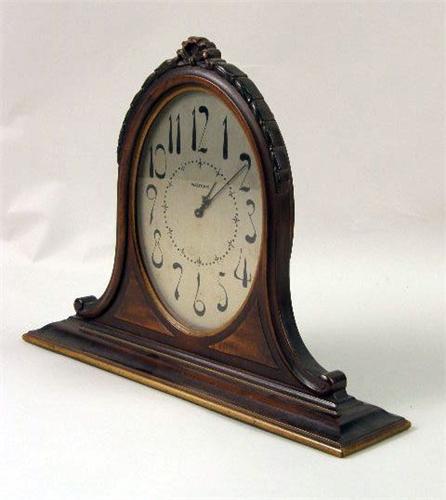 Waltham quartz mantel clock
