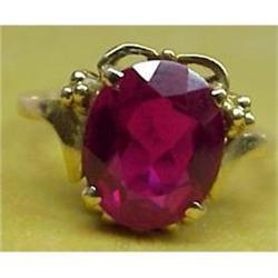 Lovely LADIES GOLD GARNET RING #2393561