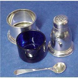 Stg.Open Salt,Pepper Shaker&Salt  Spoon #2393596