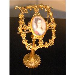Italian Fiorenza Ormolu Medalion Married Stand!#2394139