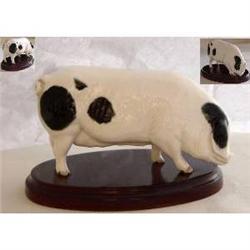 Royal Doulton Figurine - Old Spot Pig #2385572
