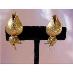 18K Yellow Gold Rosebud Earrings #2390553