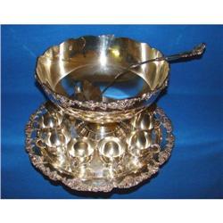 Beautiful Silverplate Punch Bowl Set !!! #2390834