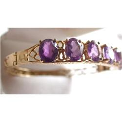 Beautiful Gold Bracelet with 7 Amethysts #2381564