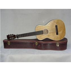 Six String Guitar Sku2433 #2382516