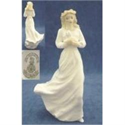 Royal Doulton  Figurine Loving You #2394604