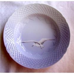"""Bing & Grondahl """"Seagull"""" Large Rimmed Bowl #2375558"""