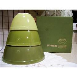 Pyrex Verde Mixing Bowls Set  MIB  NIB #2375736